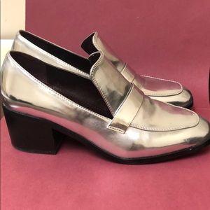 Silver Kensie Block Heel Loafers Sz 8